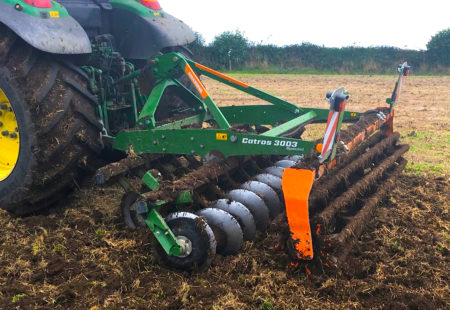 FARMING: Tractor dealer Corbetts of Mallow receive Amazone Catros 3003