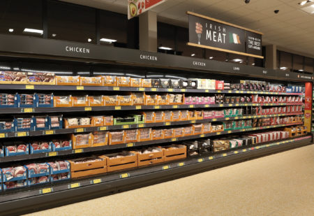"""Aldi unveils its revamped Ballyphehane """"Project Fresh"""" storeas part of €160m Irish store network investment"""