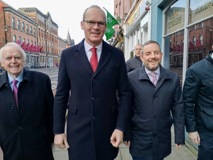 Cork TD Simon Coveney is bookies favourite to replace Phil Hogan as EU Trade Commissioner