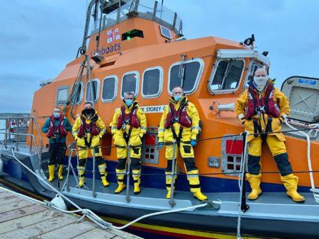 Courtmacsherry @RNLI Lifeboat in rescue of windsurfer 1 KM off Garrylucas Strand near #OldHeadOfKinsale #WestCork
