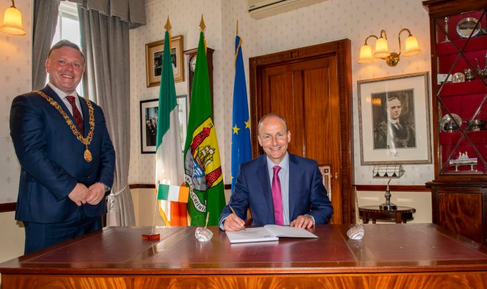An Taoiseach Micheál Martin pays official visit to Cork City Hall