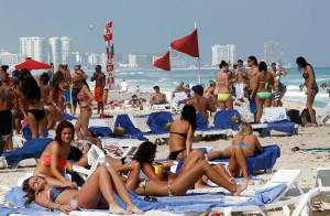 Coronavirus: 28 U.S. spring-breakers test positive for COVID-19 after Mexico trip