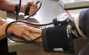 Blood pressure cuffs, other gear at risk of COVID-19 contamination: Vancouver health authority