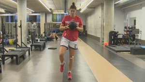 Winnipeg pro basketball player Emily Potter back on the court after getting COVID-19