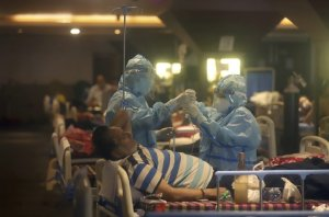 Canada sending medical supplies to India as COVID-19 overwhelms country's health care