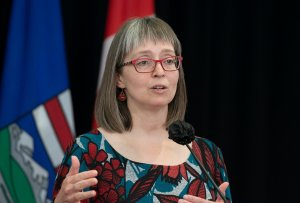 Hinshaw to provide Alberta COVID-19 update Tuesday afternoon
