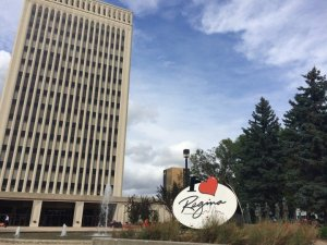 COVID-19: Regina city council hears report on proof of vaccination requirement