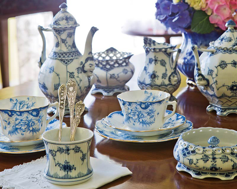 The Art of BlueandWhite China  The Cottage Journal