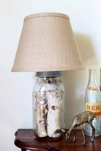 Mason Jar Table Lamp: How to Make Your Own