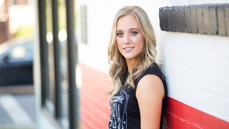 Exclusive Getting To Know Dakota Danielle The Country Note