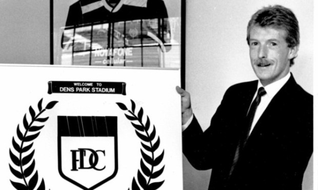 The late Bob Bruce with a Dundee FC sign he made himself.