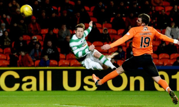 Celtic's Kris Commons scores to make it 4-1.