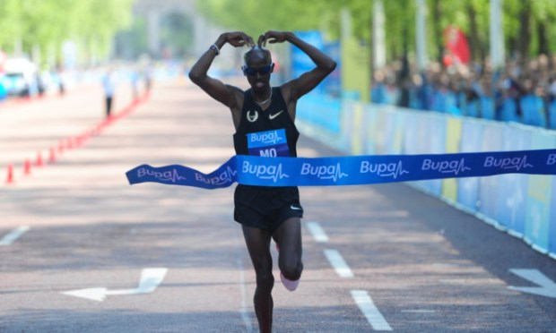Mo Farah crosses the line to win the Bupa London 10k.