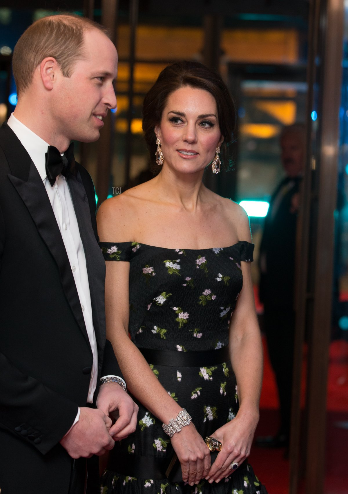 LONDON, ENGLAND - FEBRUARY 12: Catherine, Duchess of Cambridge and Prince William, Duke of Cambridge attend the 70th EE British Academy Film Awards (BAFTA) at the Royal Albert Hall on February 12, 2017 in London, England