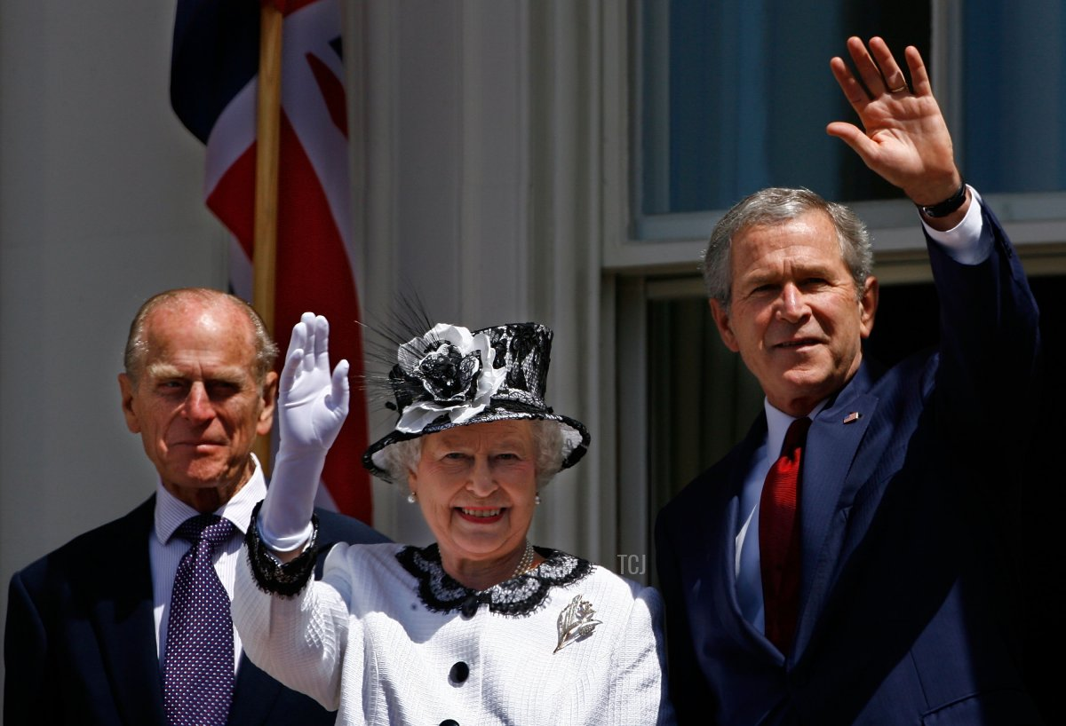 Queen Elizabeth II (C) and U.S. President George W. Bush (R) wave from the balcony of the White House with Prince Philip, the Duke of Edinburgh (L) May 7, 2007 in Washington DC. Queen Elizabeth II and Prince Philip are on a six day trip to the United States