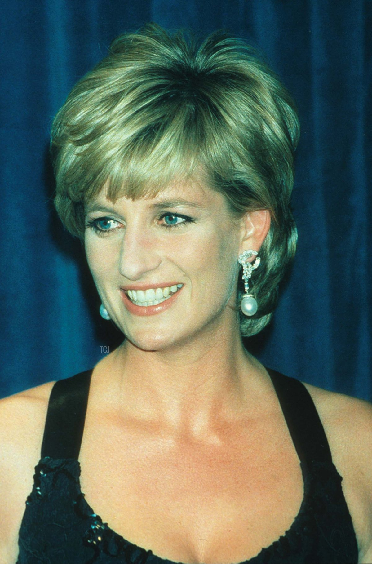 Lady Diana Spencer smiles at the 41st annual United Cerebral Palsy Awards gala December 11, 1995 in New York City. Lady Diana, the Princess of Wales, received the UCP Humanitarian Award at the fundraising evening