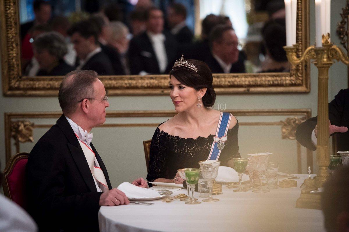 Crown Princess Mary of Denmark attends a Gala Dinner for Iceland's President at Amalienbog Castle in Copenhagen, Denmark, January 24, 2017