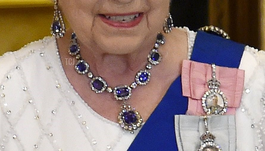 The George VI Sapphire Necklace