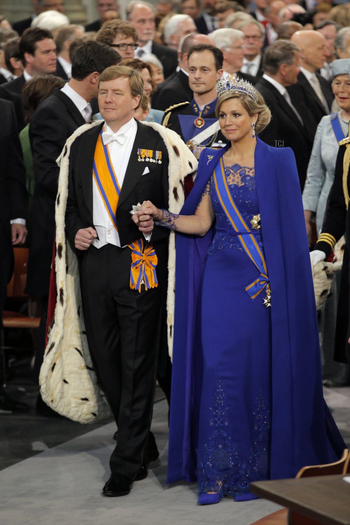 King Willem-Alexander of the Netherlands arrives with his wife Queen Maxima for his inauguration ceremony on April 30, 2013 at Nieuwe Kerk (New Church) in Amsterdam