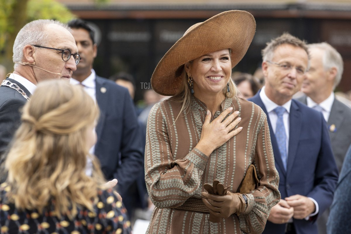 Queen Maxima arrives for a visit at the House of Culture and Administration of the municipality of Midden-Groningen on September 15, 2021 in Hoogezand