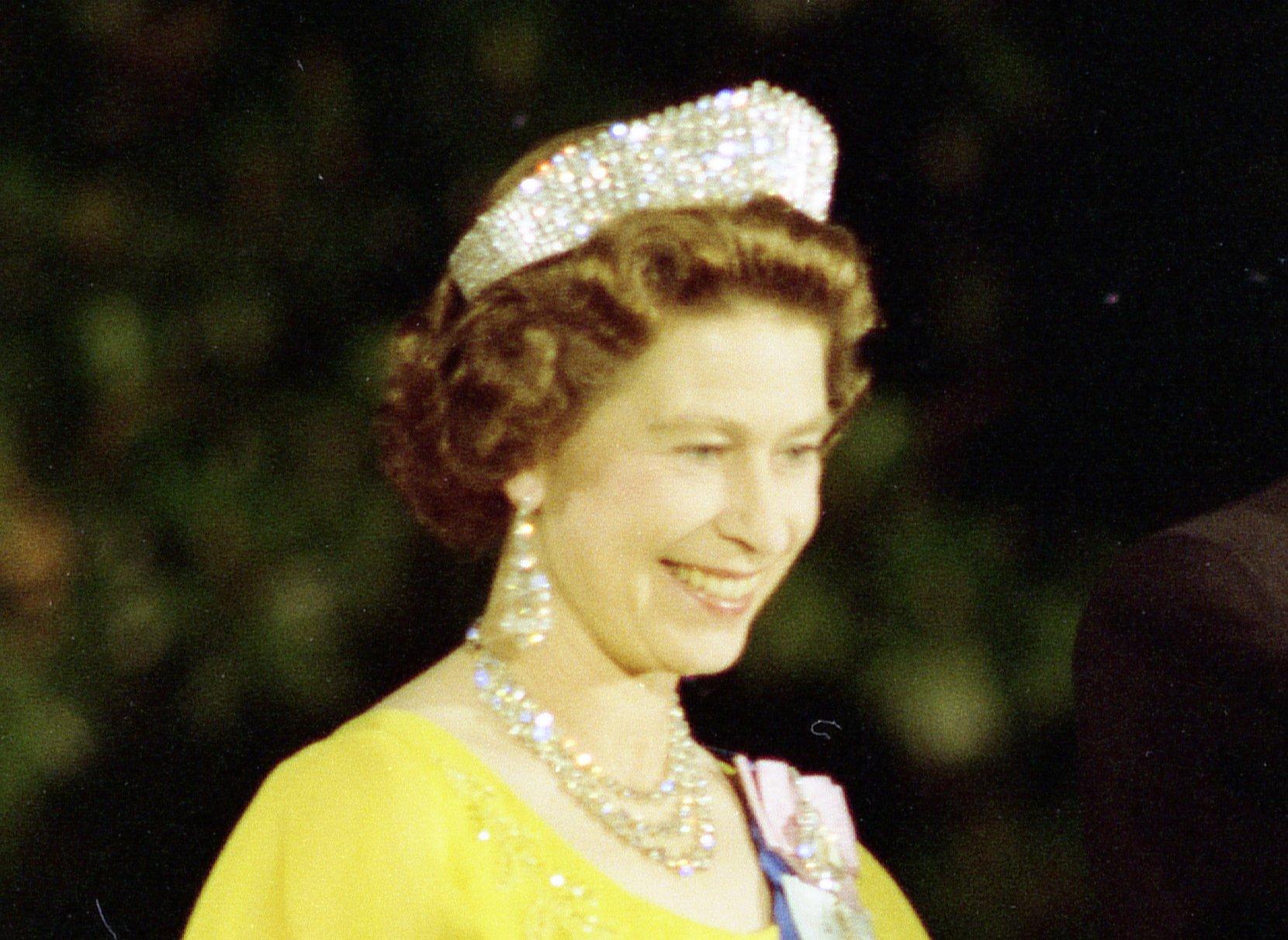 Queen Elizabeth II attends a state dinner in Washington, 1976