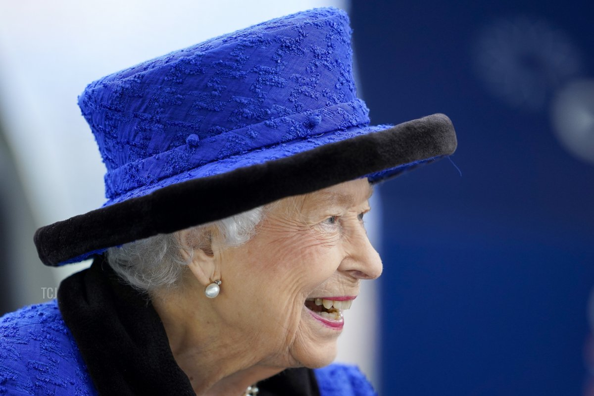 Queen Elizabet II during the Qipco British Champions Day at Ascot Racecourse on October 16, 2021 in Ascot, England