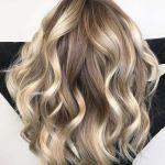 Περιποίηση μαλλιών με extensions