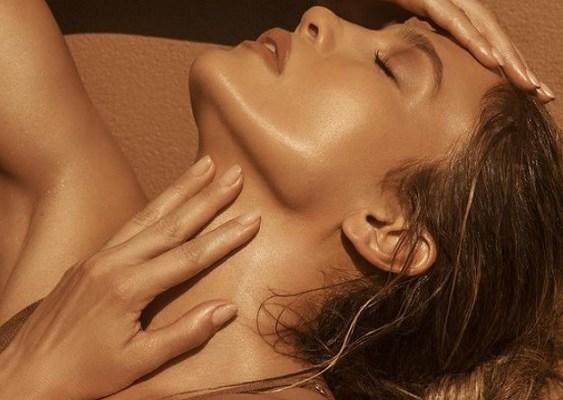 Η ρουτίνα ομορφιάς της Jennifer Lopez - The Cover