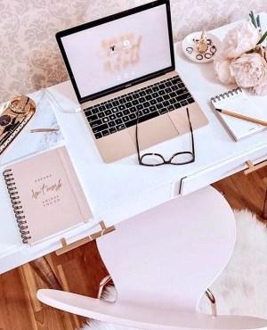 Τα 5 Καλύτερα Αρώματα Για Το Γραφείο Σου