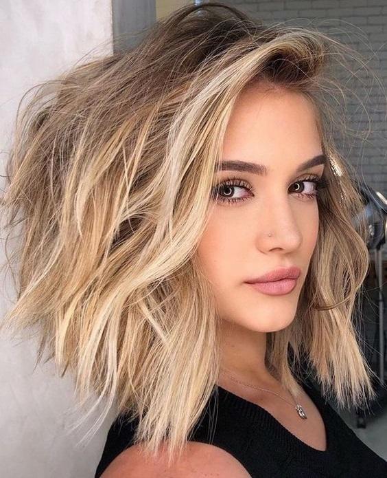Φιλαριστά μαλλιά Κουρέματα Για Πολλά Στυλ