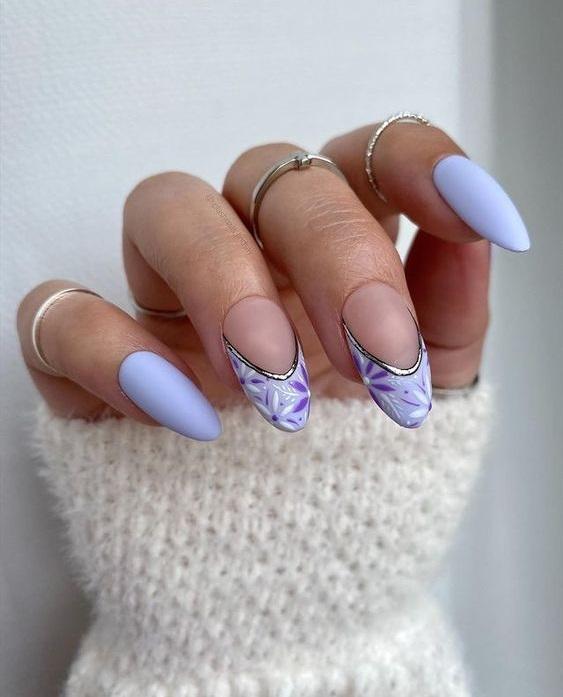Μοβ νύχια: hot αποχρώσεις για τη μετάβαση στο Φθινόπωρο - The Cover