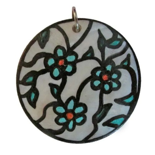 Turquoise-Flowers Shell Pendant