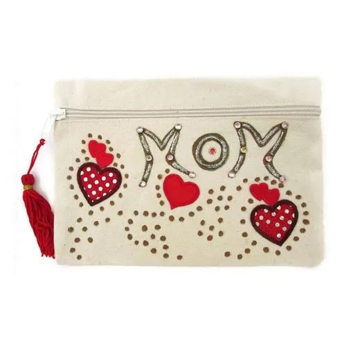 Red Heart Clutch