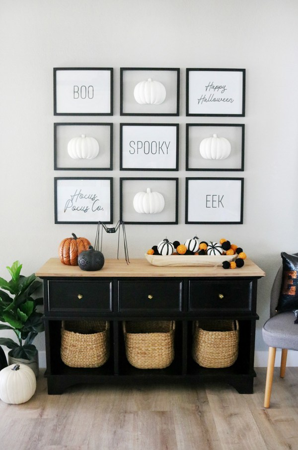 Black & White Simple Halloween Pumpkin Wall
