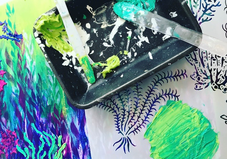 Mixing modeling paste in greens