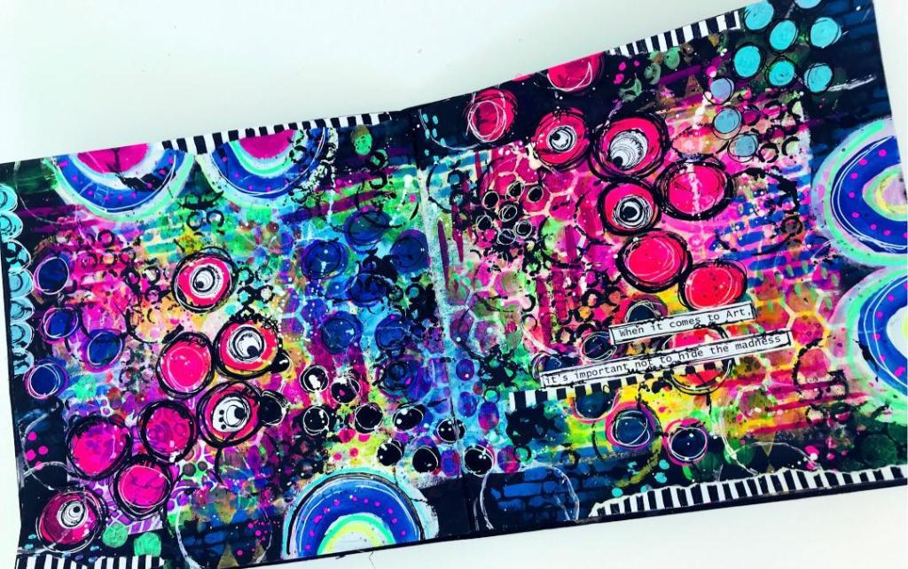 grungy art journal page created with stencils - looks like a graffiti wall #tcwstencillove Tammy Klingner Tambarambaa