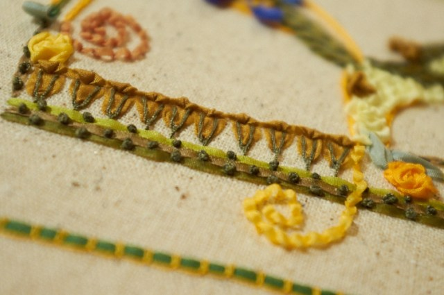 Ribbon embroidery: the letter R (Owl Crafts)