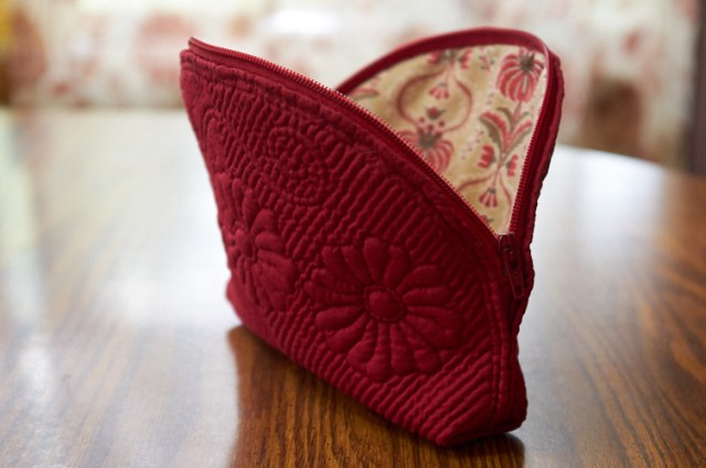 French boutis zipper pouch
