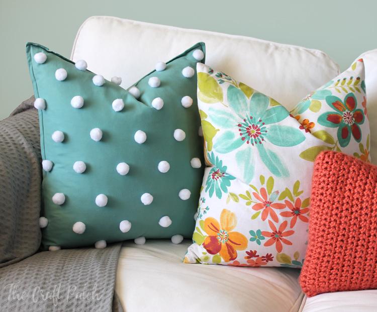 easy polka dot pom pom throw pillow