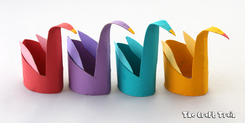 Cardboard tube swans craft for kids