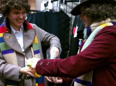Fourth Doctors exchanging Jelly Babies!
