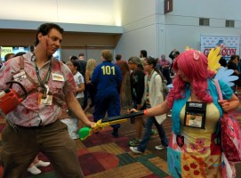 Cupcakes Pinkie with Ash from Army of Darkness!