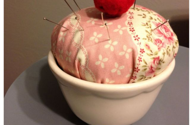 no sew cupcake pincushion