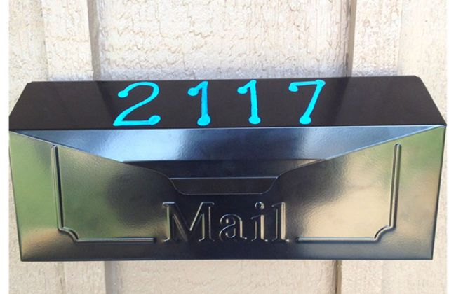 diy sharpie mail box numbers