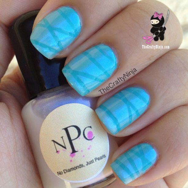 blue nail striping