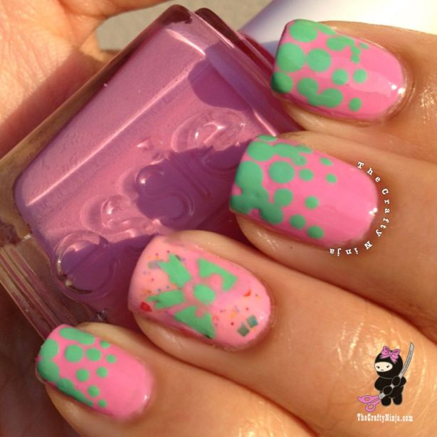 bow dot nails