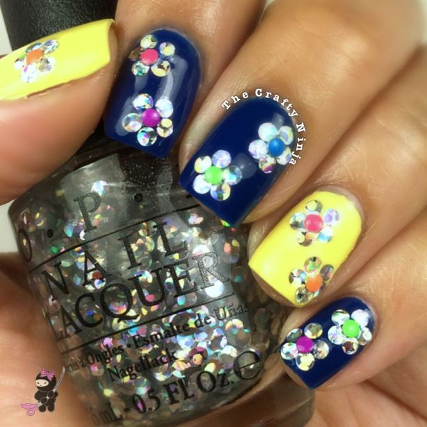 Glitter Placement Flower Nails
