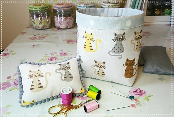 Kitty Cat pin cushion and thread catcher