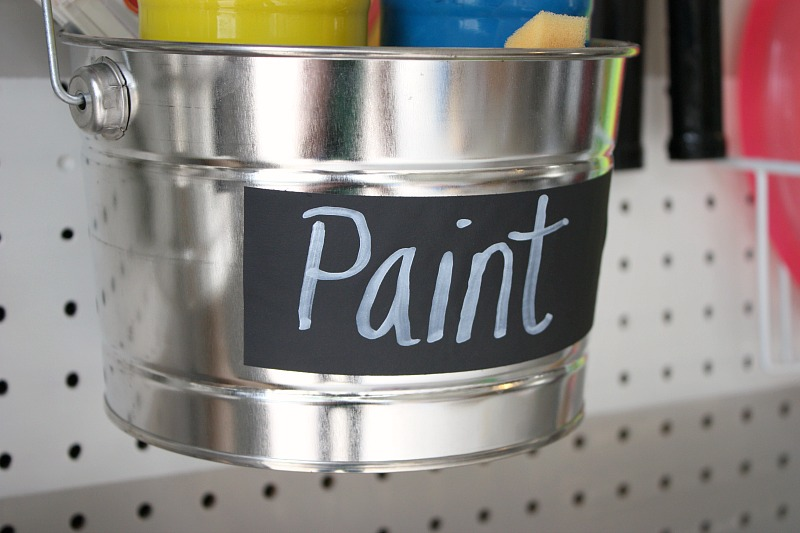 Spray Paint ScotchBlue Tape with Edge-Lock with Flat Black Spray Paint and use as Chalkboard Labels {The Creativity Exchange} ScotchBlue Painter's Tape