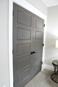 Choosing Interior Door Styles and Paint Colors: Trends